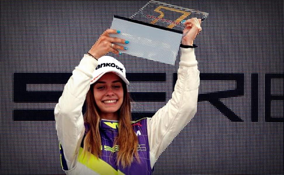 Marta Garcia, de Gandia, logra la primera victoria en monoplazas
