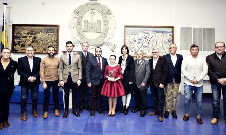 La Federació de Falles rep el III Premi a la Trajectòria Cultural de Foment AIC