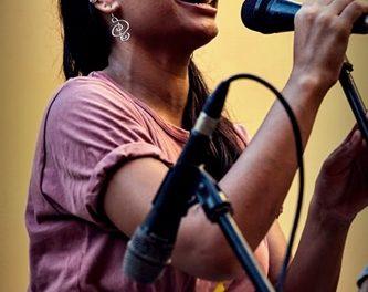 La cantante cubana ANNIE GARCÉS este jueves en Gandia