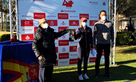 Victoria de Luna Sobrón en el Camp. de España de Profesionales Femenino 2020 del Santander Golf Tour